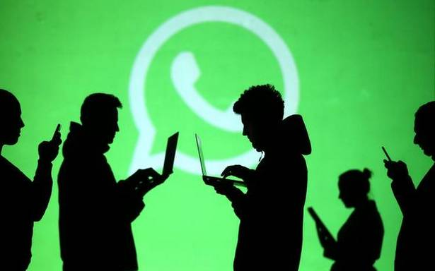 whatsapp-starts-new-feature-to-let-users-identify-forwarded-messages