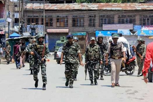 grenade-blast-at-jammu's-general-bus-stand,-at-least-27-injured